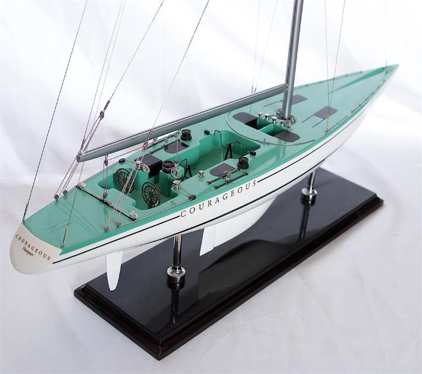 Picture of SMA-31 Courageous 1974 Model Ship